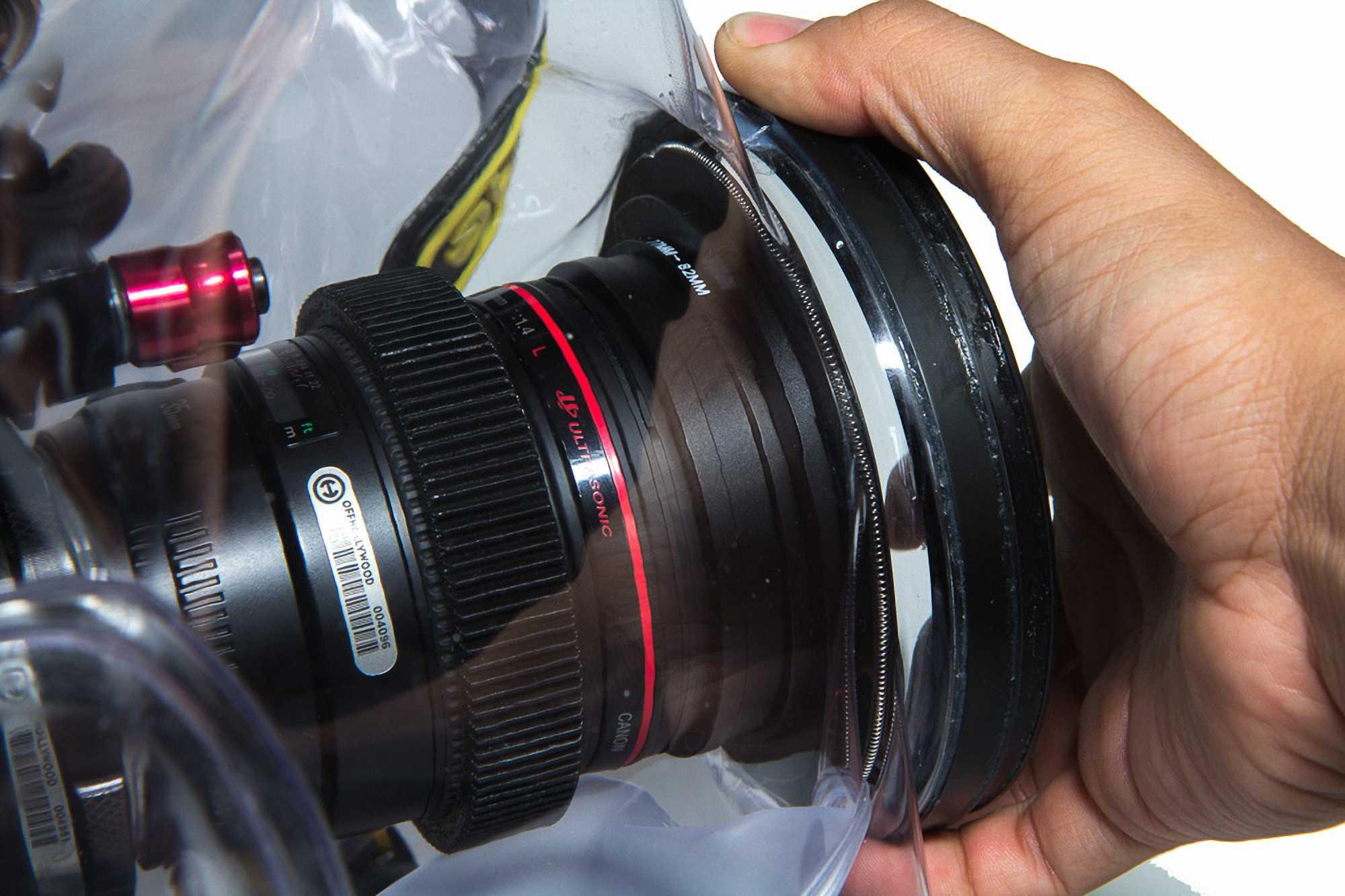 Ewa-Marine A-RED - подводный бокс для камер RED